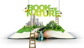 Abra el libro con la naturaleza verde Fotografía de archivo libre de regalías