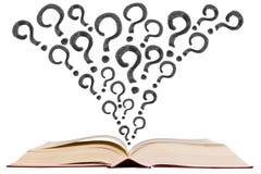 Abra el libro de texto con el icono del dibujo de la pluma del signo de interrogación Fotos de archivo libres de regalías