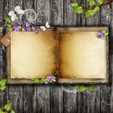 Abra el libro en blanco de la vendimia Imágenes de archivo libres de regalías