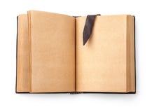 Abra el libro viejo de la extensión con la página en blanco Imagen de archivo