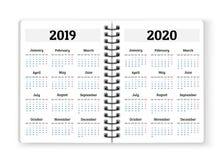 Abra el papel del cuaderno con los calendarios para 2019, 2020 años de vector b Fotografía de archivo libre de regalías