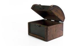 Abra el pecho de tesoro de madera Foto de archivo libre de regalías