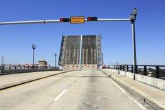 Abra el puente levadizo intracostero Fotografía de archivo libre de regalías