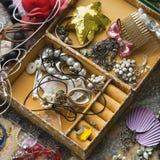 Abra el rectángulo de joyería. Imagen de archivo libre de regalías