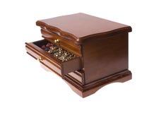 Abra el rectángulo de madera de cajones en la joyería Foto de archivo libre de regalías