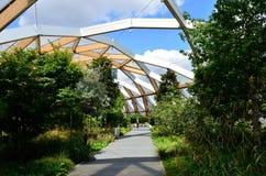 Abra el riel transversal de los jardines de tejado Imágenes de archivo libres de regalías