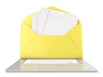 Abra el sobre y esconda el documento alineado sobre el ordenador portátil Front View 3d rinden Fotos de archivo