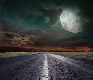 Abra a estrada através do estepe Fotografia de Stock