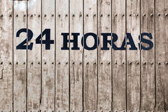 Abra 24 horas, mercado, farmácia, hotel, posto de gasolina, posto de gasolina 1 Fotografia de Stock