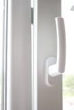 Abra a janela do metal-plástico Foto de Stock Royalty Free