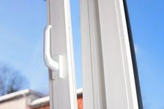 Abra a janela plástica do vinil Foto de Stock Royalty Free