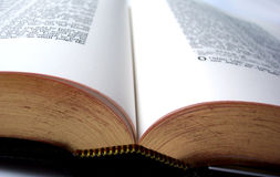 Abra la biblia Imagen de archivo