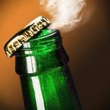 Abra la botella de cerveza Imagen de archivo libre de regalías