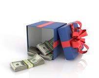 Abra la caja de regalo de la caja con los billetes de dólar Imagen de archivo