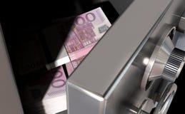 Abra la caja fuerte con euros Fotografía de archivo libre de regalías
