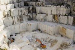 Abra la mina del mármol blanco Imágenes de archivo libres de regalías