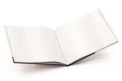 Abra la trayectoria en blanco del libro-cilipping Imágenes de archivo libres de regalías