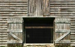 Abra las puertas de granero Imagenes de archivo