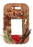 Abra o caderno com especiarias e ervas Imagem de Stock Royalty Free