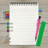 Abra o livro de nota com endereço da Internet e lápis Fotografia de Stock