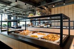Abra o restaurante do bufete, negócio de restauração, design de interiores Fotos de Stock Royalty Free