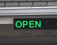 Abra o sinal Fotografia de Stock Royalty Free