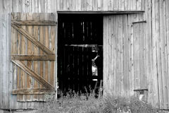 Abra a porta de celeiro Fotos de Stock