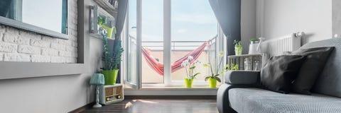 Abra a porta do balcão Fotografia de Stock Royalty Free
