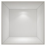 Abra a sala de caixa vazia com a luz do ponto isolada no fundo branco Fotografia de Stock