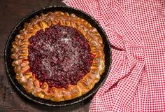 Abra a torta com airelas Fotografia de Stock