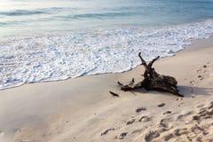 Abra una sesión una playa hermosa Imagenes de archivo