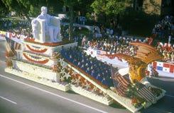 Abraham Lincoln Float i Rose Bowl Parade, Pasadena, Kalifornien royaltyfria foton
