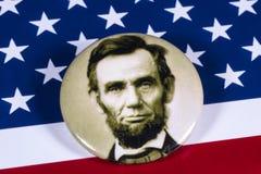 Abraham Lincoln och USA flaggan Arkivfoto