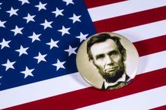 Abraham Lincoln och USA flaggan Royaltyfria Foton
