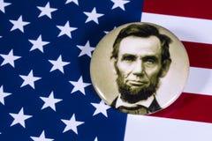Abraham Lincoln och USA flaggan Arkivfoton