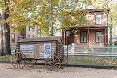 Abraham Lincoln Presidential Campaign Log Cabin vagn Arkivfoto