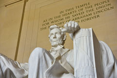 Abraham Lincoln staty i Lincoln Memorial i Washington DC Arkivfoto