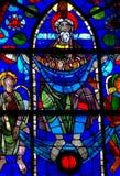 Abraham que pesa as almas no vitral fotos de stock royalty free