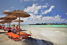 Abrandamento da praia de Elafonisi Fotos de Stock Royalty Free