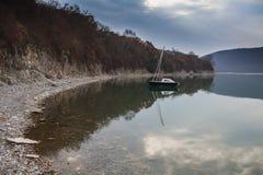 Abrau-Dyurso sjö Royaltyfri Fotografi