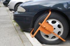 Abrazadera de rueda Imagen de archivo libre de regalías