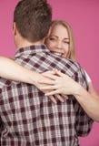 Abrazo de la mujer y del hombre Fotografía de archivo