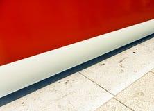 Abreise, ankommende U-Bahn als Geschwindigkeit lizenzfreie stockfotos