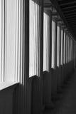 Abrégé sur ionique colonnes Photo stock