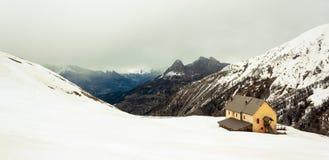 Abri de montagne Images stock