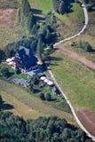 Abri de montagne vu du haut de la montagne de trois couronnes, Pologne Images stock