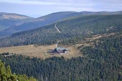 Abri en montagnes Photos libres de droits