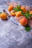 Abricots juteux doux image stock