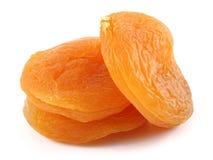 Abricots secs d'isolement sur le fond blanc image libre de droits