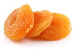 Abricots secs d'isolement sur le fond blanc photo libre de droits